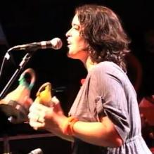 Alessandra Leão canta 'Boa Hora'- Shows - TDM - 15/01/2011